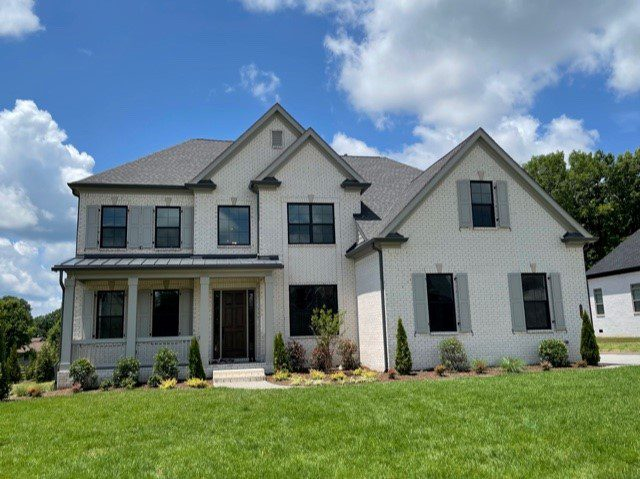 St James B Luxury Homes -Premier, High-end home builders for luxury homes - luxury home builder | Nashville, TN