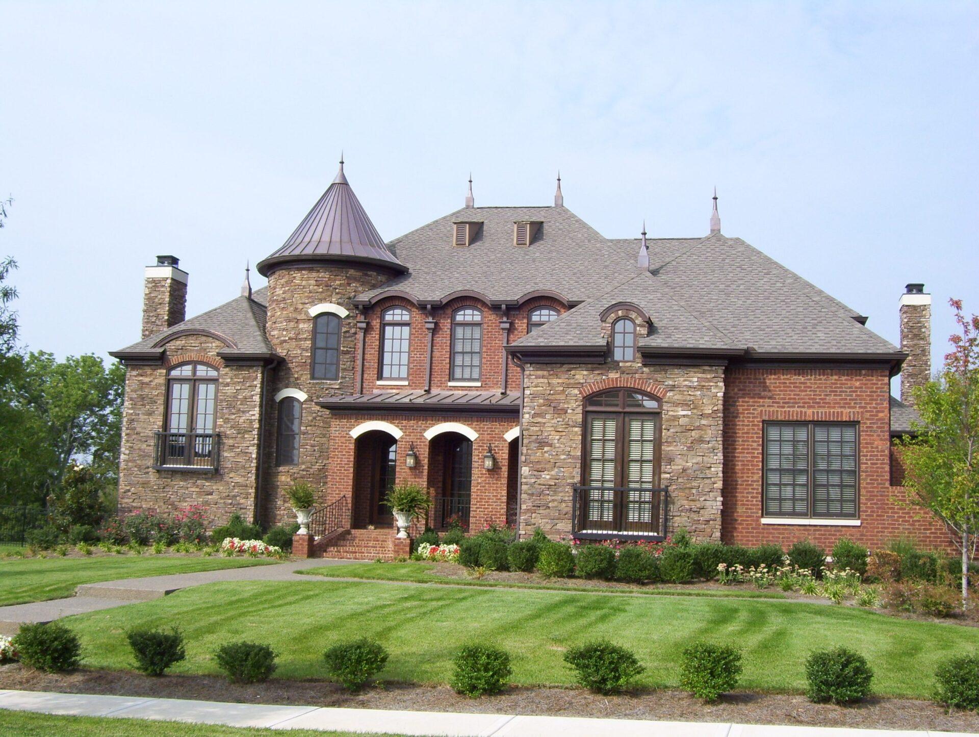 Nashville's Elegant home designer and premier builder of elegant home and floor designs