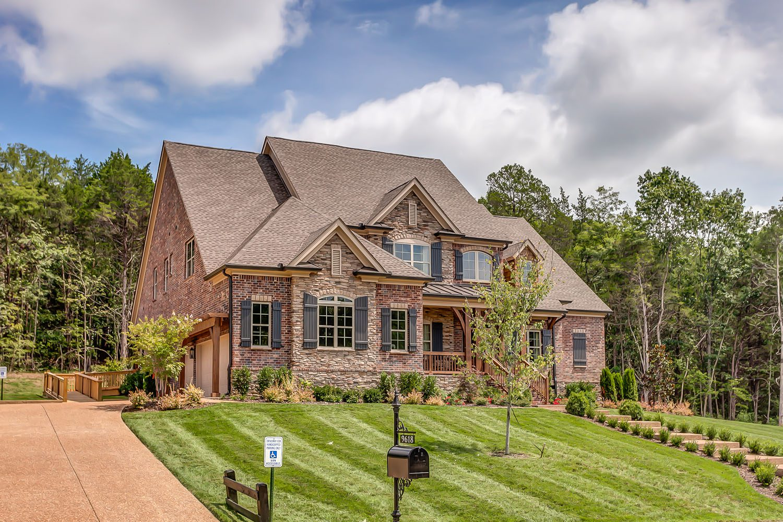 Elegant Home and Floor Designs by Premier Builder in Nashville TN