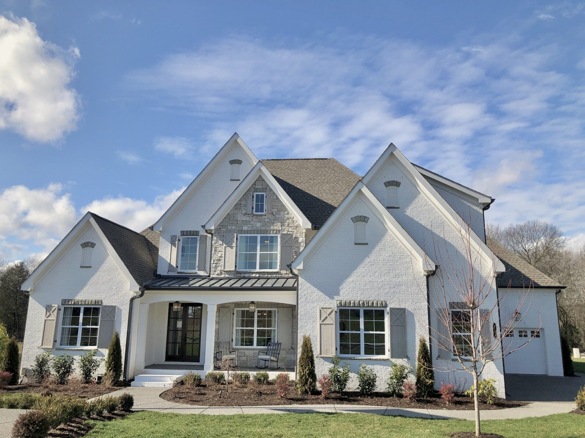 Side View of Front - Premier, High-end home builders for luxury homes - luxury home builder   Nashville, TN